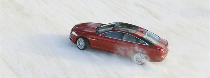 jaguar_xj_awd_046_Cropper_Header.jpg